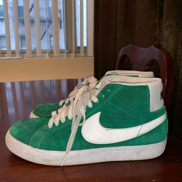 the latest 30fe1 75f44 Nike SB Blazer Mid